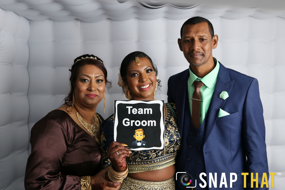 Eugene & Surakshaa Wedding Photobooth
